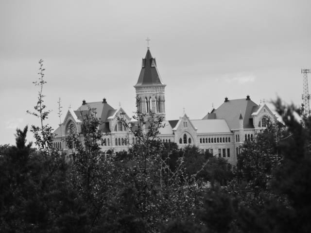 st edwards in b and w