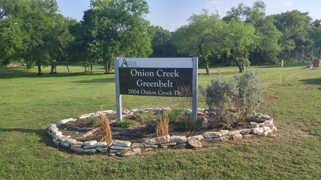 THIS is the real park entrance: Onion Creek Drive   Vine Hill