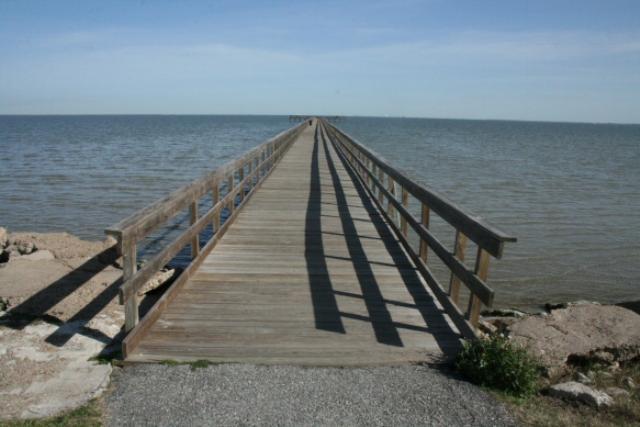 Pine Gully Park Pier