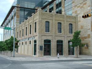 Schneider Store